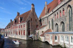 Госпиталь св. Иоанна (Oud Sint-Janshospital)